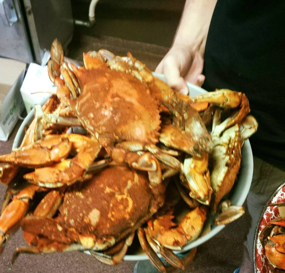Best Steamed Crabs on Northeast River in Maryland